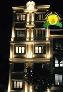 نورپردازی ساختمان نمای رومی
